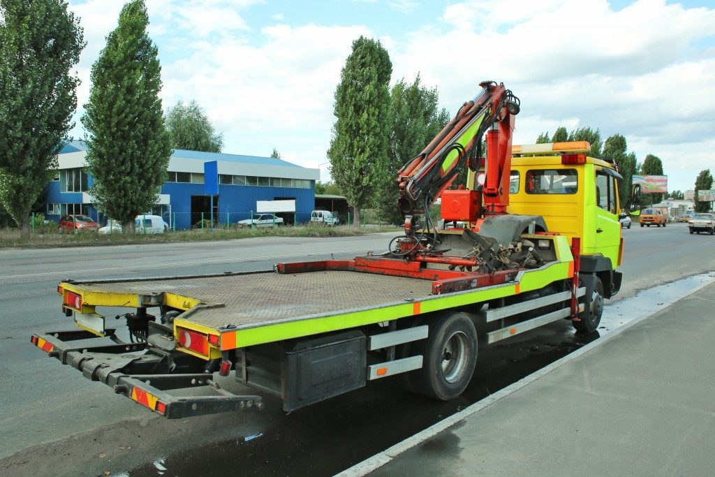 crane attached to truck