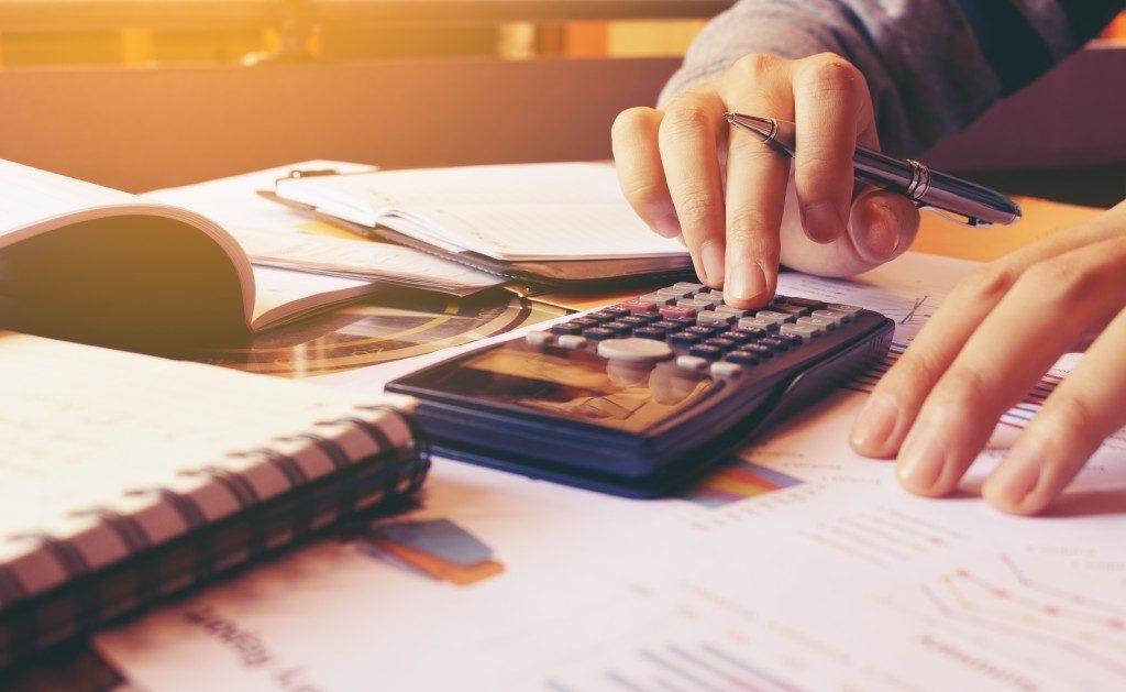 Computing finances with a calculator