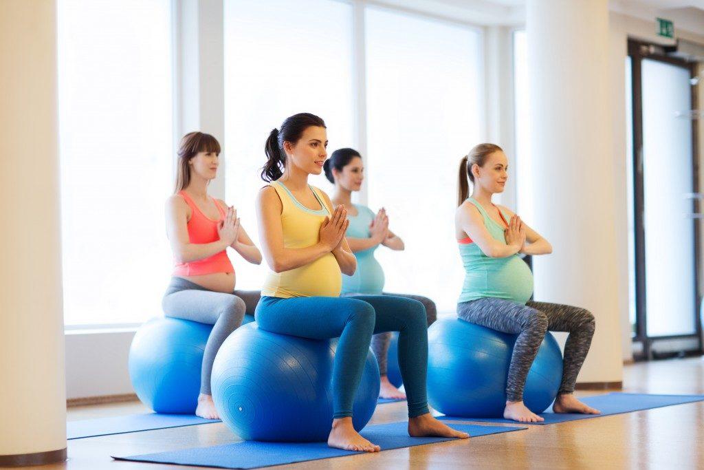 pregnant aerobics